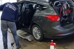 Ramen blinderen Ford Focus in Delft voor Lease Maatschappij